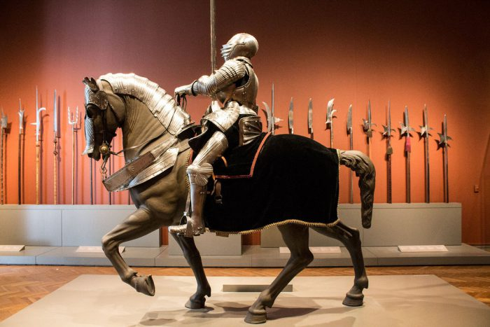 Средневековые турниры. Роль лошадей