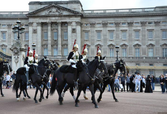 парад конной гвардии
