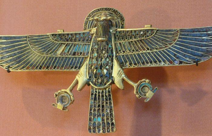 Птицы как боги и символы